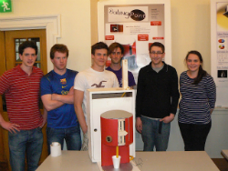 Students with adapted kettle